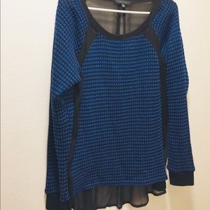 Women's size medium Sanctuary black and blue print